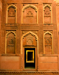 (chatursunil) Tags: india wall entrance agra ornate 16thcentury agrafort lalquila lalkila