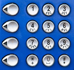Communication (Pieter Musterd) Tags: blue canon blauw buttons telephone communication numbers sms communicatie onblue smrgsbord telefooncel cijfers toetsen 10faves pieter007 canoneos400d pietermusterd llovemypic druktoetsen