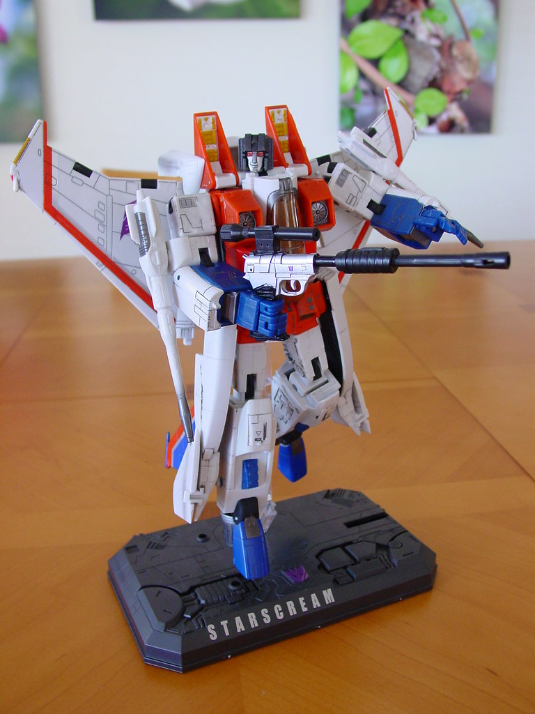 Masterpiece Starscream