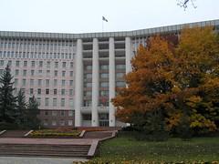 Parliament House, Chisinau, Moldova (Darius Travel Photography) Tags: chisinau moldova kishinev chiinu moldavija  moldavie  kiiniovas