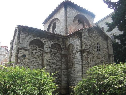 Bazilika, Pula