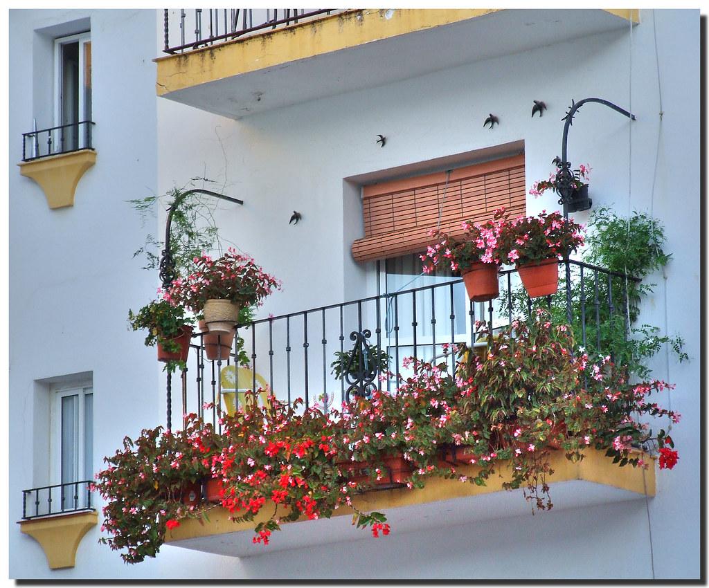 Photo d'Andalousie n°9. Balcon fleuri à Marbella