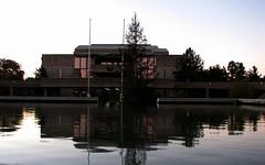 Civic Auditorium (RCoshow) Tags: california reflection fountain dusk redding civicauditorium canonpowershots3is coshow