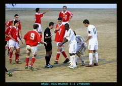 "Damm 0  Real Madrid 2 <a style=""margin-left:10px; font-size:0.8em;"" href=""http://www.flickr.com/photos/23459935@N06/2265447906/"" target=""_blank"">@flickr</a>"