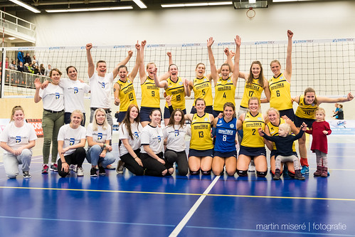 "3. Heimspiel vs. Volleyball-Team Hamburg • <a style=""font-size:0.8em;"" href=""http://www.flickr.com/photos/88608964@N07/32436918810/"" target=""_blank"">View on Flickr</a>"