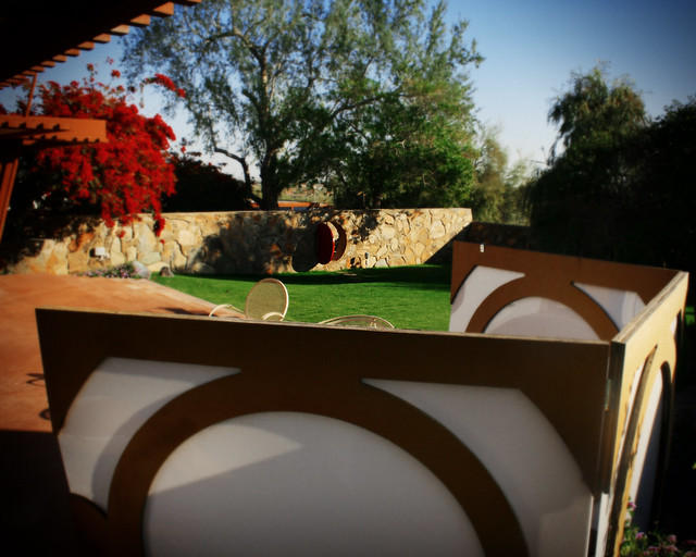 Taliesin West, Screen and Red Gate