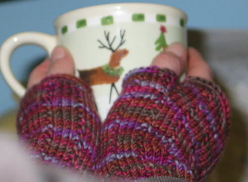 Thuja-inspired Fingerless Gloves