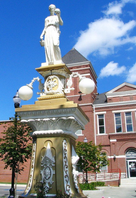 Statue in front of the Warren Co. Courthouse - McMinnville, TN