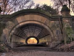 Light At The .... (708718) Tags: nyc newyorkcity brooklyn prospectpark tunnel hdr ianreid
