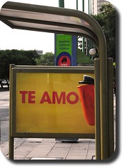 I love you  /  Te amo ( Popotito ) Tags: world favorite color bus art southamerica argentina sign america photography avenida photo buenosaires colorful different photographer publicidad south creative colores busstop explore stop latinoamerica favoritas sur iloveyou waste february avenue publicity amateur continent febrero mundo colectivo omnibus cartel continents calidad faved favored diferent basurero basquet austral teamo buseta creativo alem paradadebus popotito paradadecolectivo queality