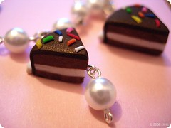 Chocolate vanilla cake - SOLD (.:Itrill:.) Tags: cake diy sweet handmade chocolate pearls jewellery fimo dolce bracelet torta cioccolato perle braccialetto