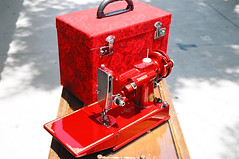 red11Candy Apple Red Singer 221 (dtropicaldude) Tags: red singer 221 candyapple featherweight candyapplered applered singerfeatherweight redsinger featherweight221 singerfeatherweight221 singer221 candyapplered221 candyappleredsinger221 restoredfeatherweight restoredsingerfeatherweight newlypaintedfeatherweight red221 redfeatherweight redsinger221 redsinger221featherweight redsingerfeatherweight