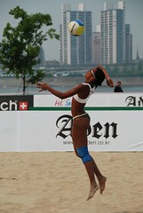 Jump Serve () Tags: women womens beachvolleyball seoul donne mulheres mujeres femmes crespo serve nationalteam vrouwen frauen   kobiety republicofkorea  fivb eny nationalmannschaft kvinder landslaget  naiset   femei reprezentacija  squadranazionale vleyplaya kvinnor  equiponacional  songpagu  ene   echipanationala  swatchfivbworldtour hangangcitizenspark seoulopen bangidong  2008fivb  voleiboldepraia            lquipenationale nrodntm