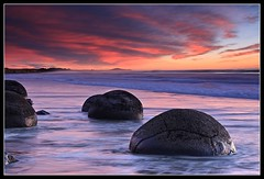 Moeraki Boulders (Chris Gin) Tags: longexposure sunset newzealand beach boulders filter nz nd southisland otago moeraki graduated singleexposure photocontesttnc09