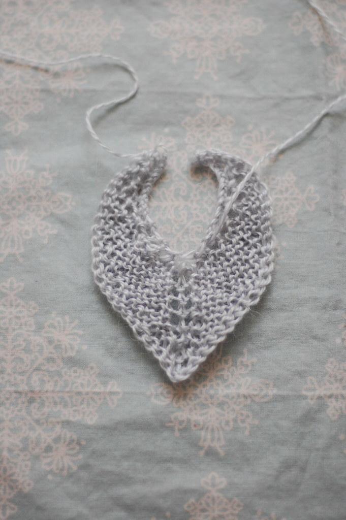 tiny heart shawl