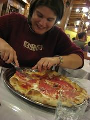 Collechio: eerste avondmaal: heerlijke, grote pizza