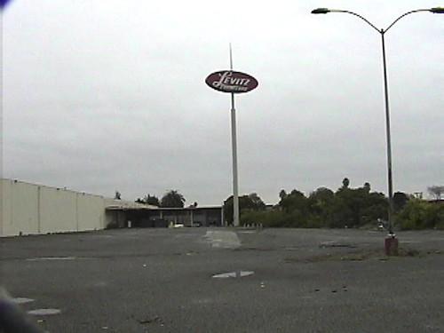 Perfect Bay Mart Levitz Furniture San Leandro,CA
