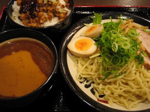 麺屋 伊織- つけ麺&チャーシューご飯