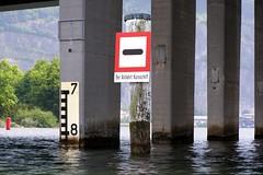 Acheregg Bridge over Alpnacher Lake, Switzerland (jag9889) Tags: bridge lake puente schweiz switzerland crossing suisse suiza swiss bridges luzern ponte kayaking pont svizzera brcke lucerne waterway ch 2007 bruecke svizra vierwaldstaettersee hergiswil stansstad alpnachersee y2007 achereggbrcke jag9889 bridgesbykayak k038