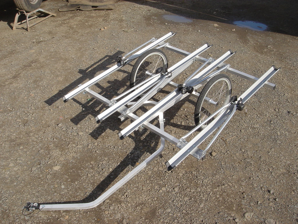 Bicycle Trailer that carries four bicycles