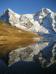 XXXX Reise durch die Schweiz : Eiger (3`970m) und Mnch (4`107m) in den Alpen - Alps im Berner Oberland im Kanton Bern in der Schweiz (chrchr_75) Tags: mountain lake mountains alps reflection nature berg landscape schweiz switzerland see bestof suisse suiza swiss magic natur lac best berge sua bern alpen christoph northface svizzera 0711 reflexions landschaft berne eiger spiegelung berner sveits berna sviss mnch berneroberland oberland zwitserland sveitsi nordwand eigerwand eigernordwand suissa kanton chrigu szwajcaria  kantonbern brn mordwand eigernorthface chrchr hurni chrchr75 chriguhurni lauberhornsee bestofalbum chriguhurnibluemailch albumreisedurchdieschweiz albumbestof bergeiger albumeiger