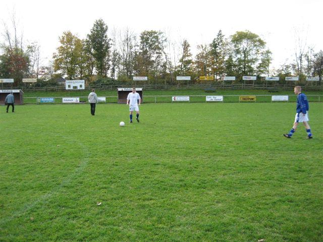 voetbal 02-11-07 010