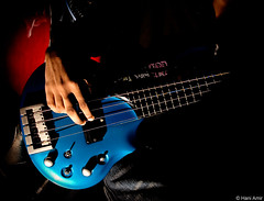 Fade To Black (Hani Amir) Tags: blue red metal shadows bass guitar flash fingers sb600 cyan amir metallica strings maldives 1870mm hani fadetoblack cliffburton dudecrush haniamir
