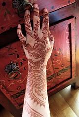 henna hand with peshawar cabinet (HennaLounge) Tags: wedding india mill oakland bride bay berkeley sunnyvale persian san francisco lafayette gulf indian marin sonoma fremont east valley napa sikh bridal henna montclair mehendi alameda sausalito mehndi tiburon rockridge heena khalijee wwwhennaloungecom