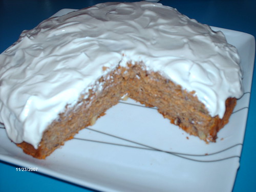 Carrot Cake with Cream Cheese Icubg