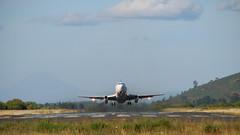 Despegue (Claudio ) Tags: chile plane fly airport lift jet landing aeropuerto avion temuco aterrizaje despegue aerodromo maquehue