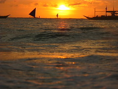 Sunset Boat Boats Sea Ocean Southeast Asia Philippines Sonnenuntergang (hn.) Tags: ocean sunset sea copyright sun beach water silhouette backlight strand sailboat contraluz boats island boot evening abend coast boat asia asien heiconeumeyer meer seasia soasien southeastasia sdostasien wasser sailing ship sonnenuntergang sundown dusk philippines boote insel pi shore sail dmmerung boracay sonne schiff contrejour segeln visayas segelboot pilipinas segel kste gegenlicht philippinen abendrot copyrighted paraw whitebeach aklan sailingboat thephilippines ozean boracayisland westernvisayas westvisayas tp0708 diephilippinen thephils aklanprovince