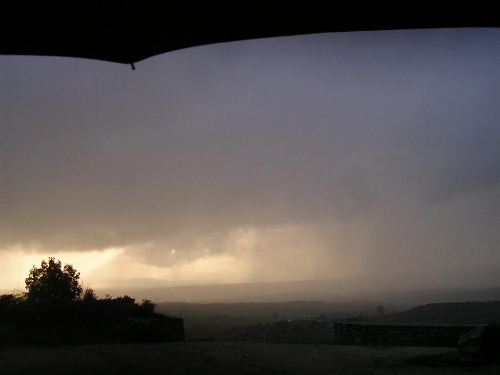lluvia en la coria 031
