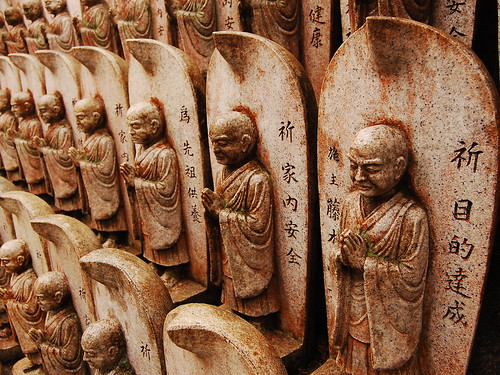 Hundreds of little monks