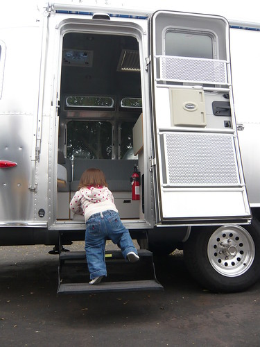 Climbing into new airstream