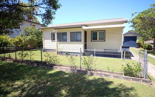 13 Seventh Avenue, Stuarts Point NSW 2441