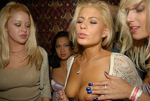 Nude cheryl hines Cheryl Hines
