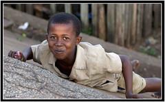 Jeux d'enfant (Laurent.Rappa) Tags: voyage africa unicef travel portrait people face children child retrato laurentr enfant ritratti ritratto soe regard côtedivoire peuple afrique ivorycoast ivorycost laurentrappa