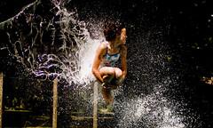 estalló el verano (quino para los amigos) Tags: carnival summer hot water girl kid jump agua buenosaires funny warm air h2o niña enjoy carnaval bomba splash aire calor contenta refresh gracioso refresco lnr saltar caluroso disfrutar sofocante calorenbuenosaires revistalanación