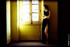 The yellow room (moniamura) Tags: portrait fashion dark model modelle moniamura top20femmes mivuoi espressionidellanima