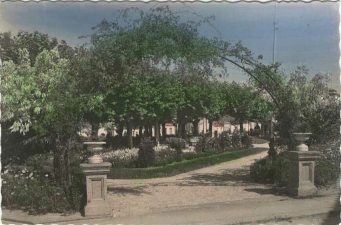 Plaza de Ravella.