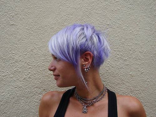 haircut and dye purple 2007