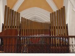 Rion-des-Landes, Landes: église Saint-Barthélemy. (Marie-Hélène Cingal) Tags: france sudouest aquitaine nouvelleaquitaine landes 40 riondeslandes orgues organ