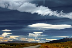 Invasin Lenticular (Carlos_Daz) Tags: chile patagonia clouds nubes superbmasterpiece