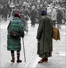 A world without color... (CGoulao) Tags: street old people persona pessoas homeless rua velho mendigo pedinte pobreza homelessness pauvret sansabris caridade mendicidad senzatetto vagabondo sinhogar obdachloser 10faves semabrigo hjemls exclusosocial mywinners exclusinsocial pauverty