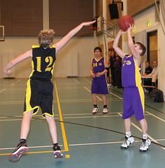 Wartti P96 d2 vs Klaukkalan NMKY (kansalainen) Tags: topo basketball kevin daniel toni vs cosmo jimi d2 leevi nielsen scania klaukkala koripallo sikander turnaus ruotsi aapo skania p96 jobba nmky klaukkalan wartti hörsholm warttip96d2vsklaukkalannmky