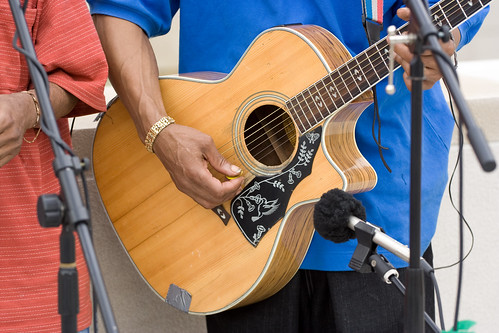 ajkane_090821_chicago-street-musicians_341