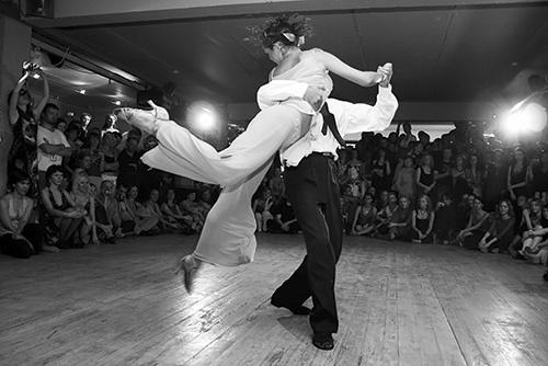 Tango dynamisch - Foto: Alexander Zabara