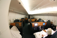 Cathay Pacific First Class (Ch.H) Tags: new paris during pacific flight first class karl cathay 747 hab