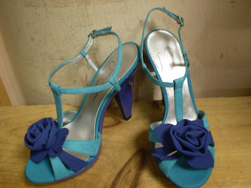 Jessica Simpson Blue Flower Shoes by sara858.