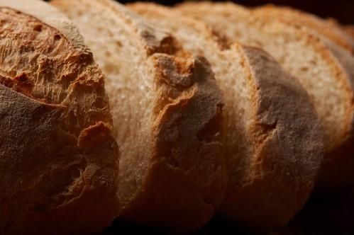 Crusty bread (IMG_11437)